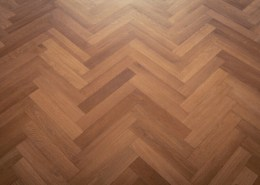 Popular parquet type: Herringbone parquet