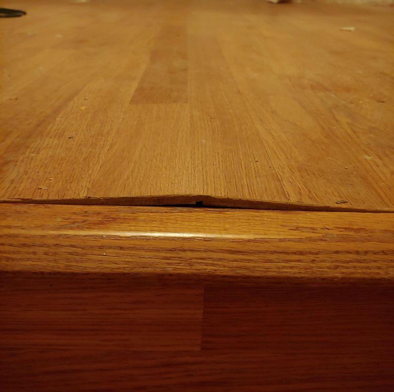 laminate floor buckling