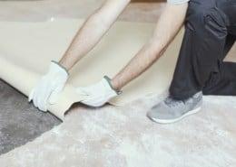 Remove/rip vinyl flooring