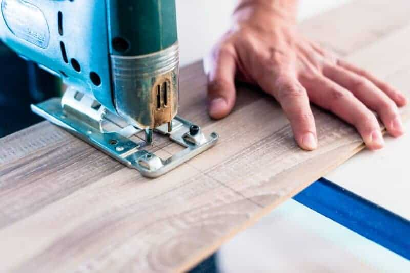 Vinyl floor sawing