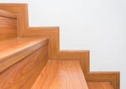 Laying vinyl floor on stairs